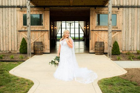Barn at Heritage Farm weddings.jpg