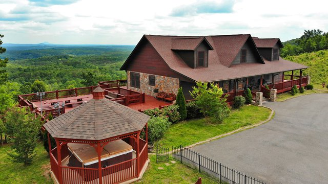 Beary Cozy Cottage Vacation Rental Yadkin Valley