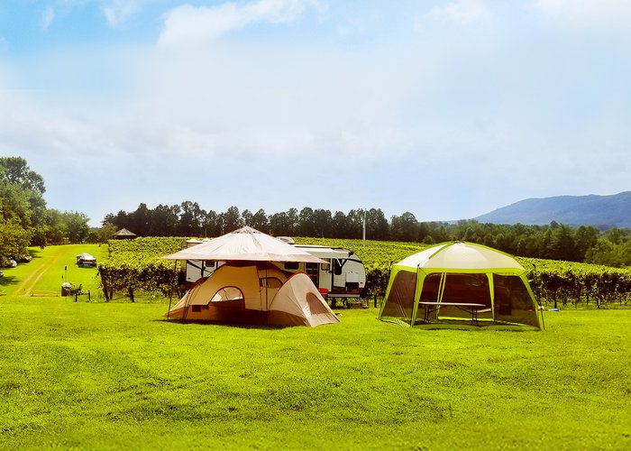 Campout at Round Peak Vineyards in Mount Airy, NC