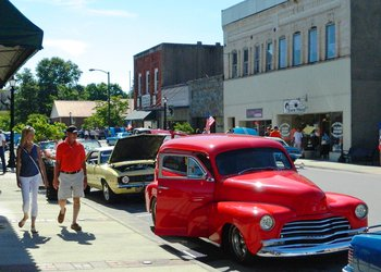 Cruise Downtown Elkin