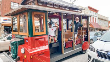 Good Time Trolley Tours Mount Airy NC
