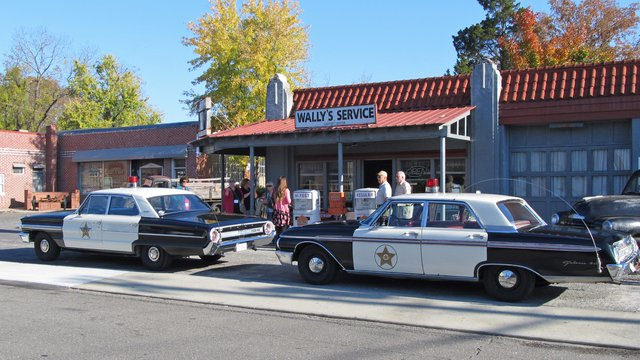 Mayberry Squad Car Tours in Mt. Airy