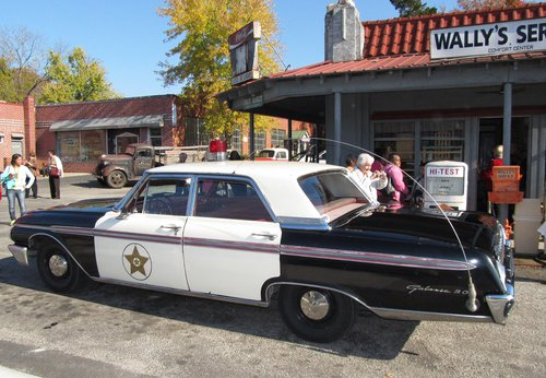 Mayberry Squad Car Tour in North Carolina
