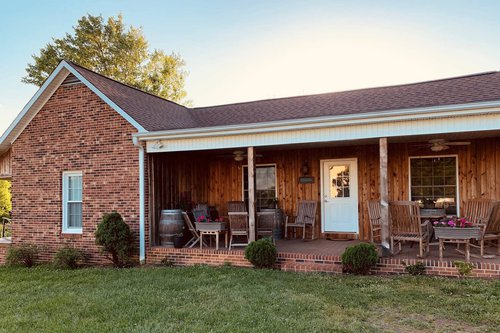 Olde Farmhouse at Carolina Heritage Winery in Yadkin Valley, North Carolina