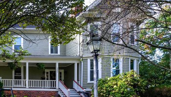 Vermeer bed and breakfast Mount Airy NC.jpg