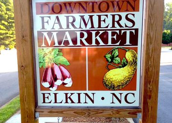 downtown farmers market_elkin.jpg