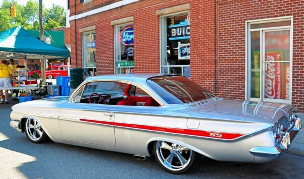 Hot Nights, Hot Cars Cruise-In in Downtown Pilot Mountain