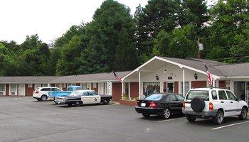 Mayberry Motor Inn