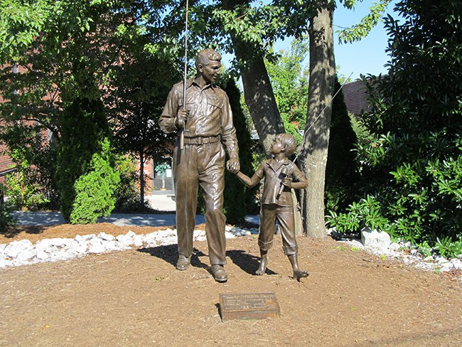 TV Land Statue of Andy & Opie
